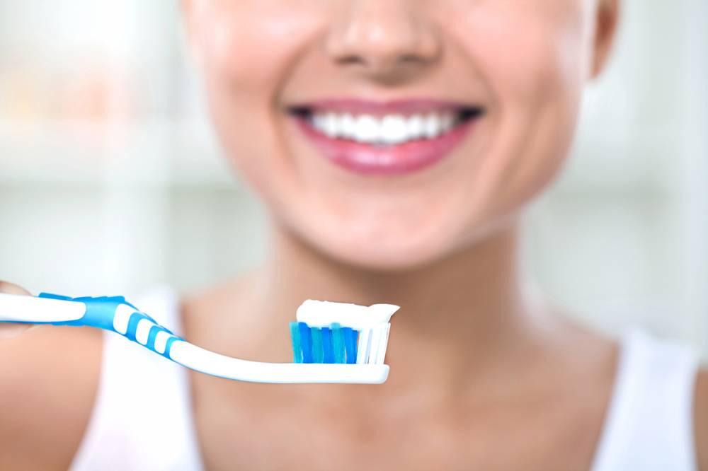 Escovar os dentes pode reduzir em 20% risco de câncer de esôfago